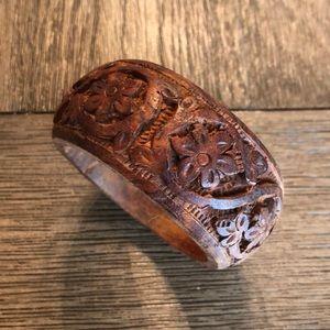 Vintage Chucky Floral Carved Wood Bangle Bracelet
